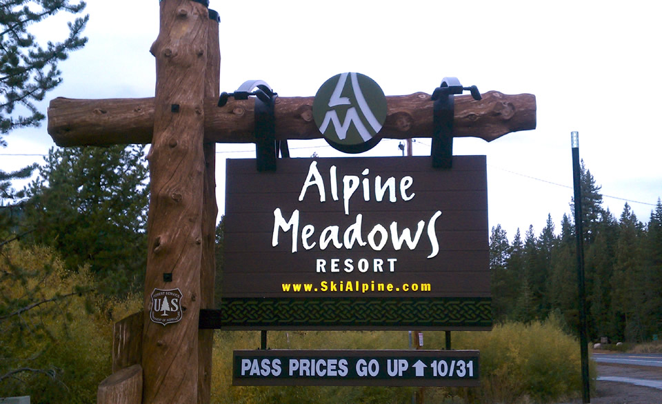 alpine-meadows-sign