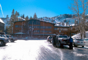 alpine-meadows-ski-lodge