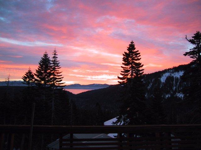 alpine-peaks-sunset