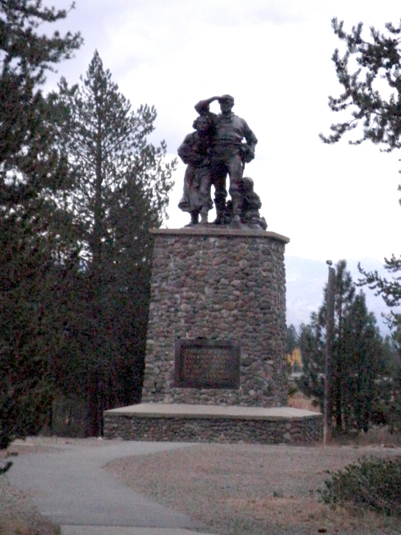 donner-party-statue