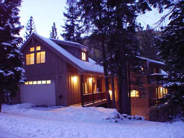 kingswood-west-luxury-home