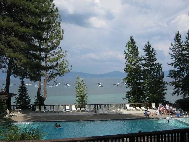 tahoe-tavern-pool